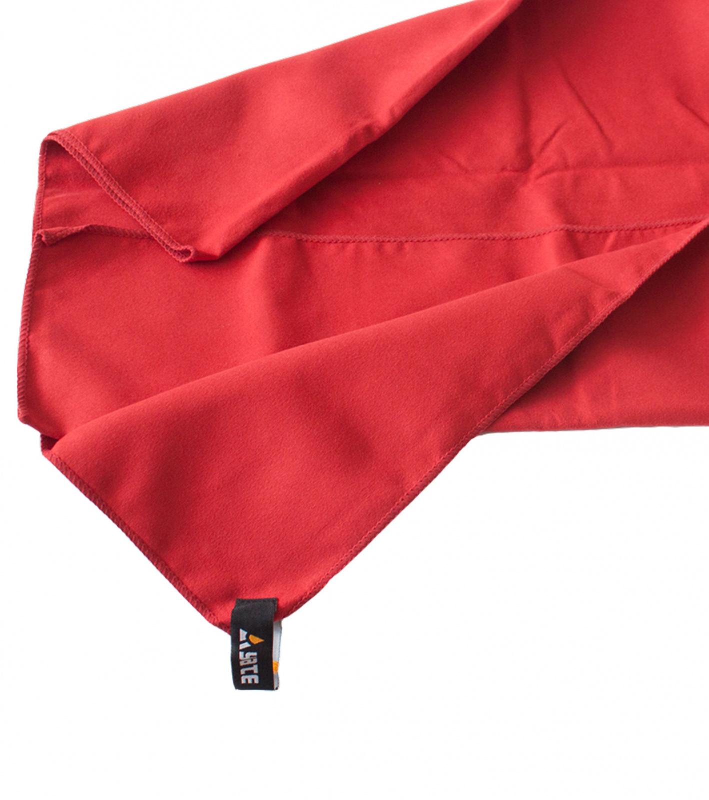 Yate YATE XL rubínová Ručník
